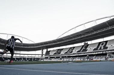 Botafogo e Fluminense decidem ir à Justiça contra retorno do Campeonato Carioca