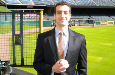 Milwaukee Brewers Name David Stearns, 30, New General Manager