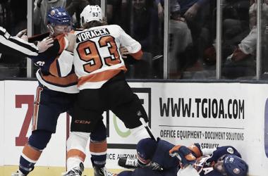 Voraçek consideró injusta la suspensión.NHL.com.