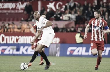 NZonzi ante el Atlético de Madrid. Foto: Sevilla FC.