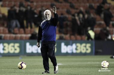 Isi saludando a la afición | Fotografía: La Liga