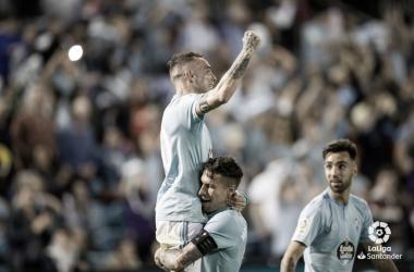 Iago Aspas celebrando su gol junto a Hugo Mallo. | Fuente: LaLiga
