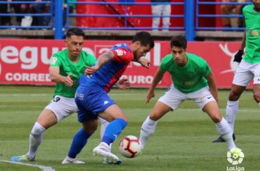 De la Hoz y Rocha atentos al balón | Fuente: La Liga