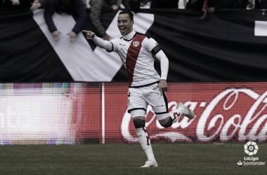 Raúl de Tomás celebrando su gol ante el Valencia | fotografía: LaLiga Santander