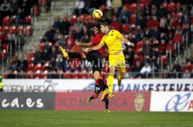 Mallorca y Alcorcón se olvidan del fútbol y se reparten los puntos en un duro partido