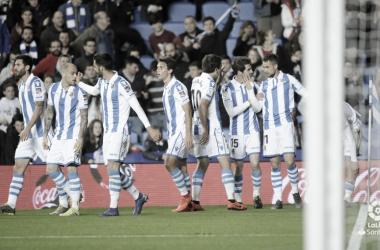 Jugadores de la Real Sociedad celebrando un gol ante el Levante // Foto: La Liga