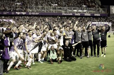El Real Valladolid celebrando el ascenso | Foto: LaLiga1|2|3