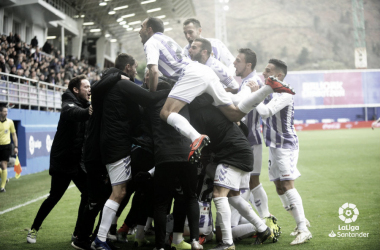 El Real Valladolid celebra una victoria importante. Fotografía: LaLiga Santander