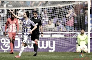 Óscar Plano celebra su gol ante el Almería / Foto: LaLiga 1 2 3