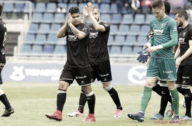 El Cucho, el mejor jugador elegido por los oscenses frente al Tenerife