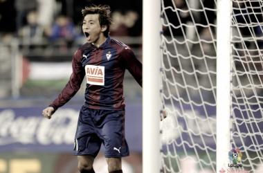 Inui celebra uno de sus goles está temporada I Foto: La Liga