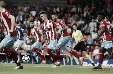 José Carlos debutó el domingo con la elástica albivermella, precisamente ante su ex-equipo | LaLiga.es