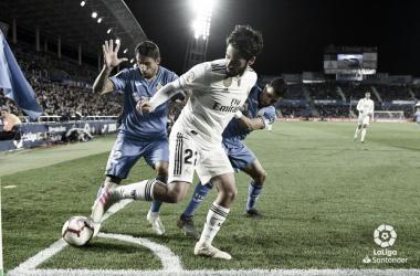 Isco, con el futuro incierto y Zidane de su lado