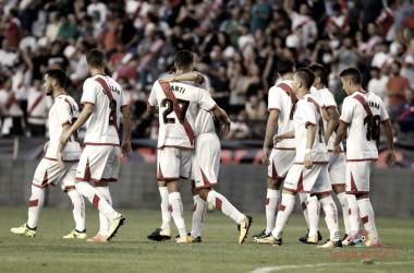 Jugadores del Rayo Vallecano durante un partido | Fotografía: La Liga