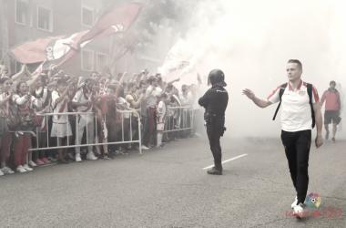 Alberto García saludando a la afición | Fotografía: La Liga