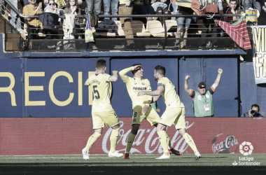 Fornals y sus compañeros de equipo celebrando el gol del empate ante el Huesca; gol que les permite seguir optando por la permanencia   Foto: LaLiga.es