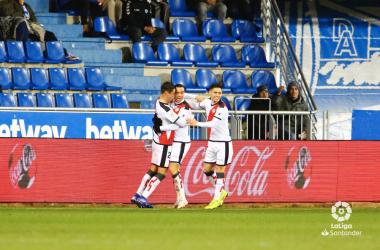 Jugadores del Rayo Vallecano celebrando el gol | Fotografía: La Liga