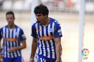 Deportivo Alavés 2013-2014: centrocampistas