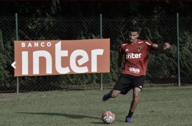 Cria de Cotia, zagueiro Walce é inscrito pelo São Paulo no Paulistão