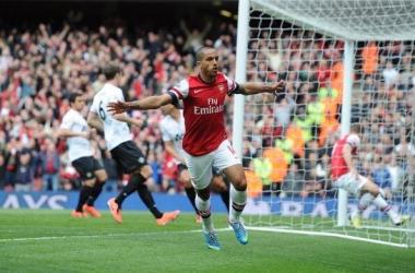 El Arsenal se aleja de la Champions con un empate insuficiente