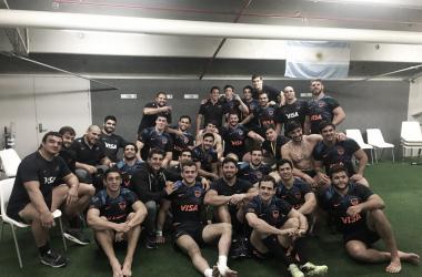 Una imagen que vale más que mil palabras. Los Pumas, juntos. Siguen haciendo historia en esta campaña. Crédito: UAR.