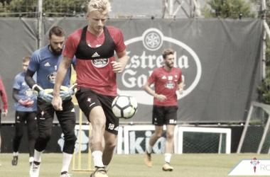 Daniel Wass en una sesión de entrenamiento esta semana en A Madroa   Foto: RC Celta