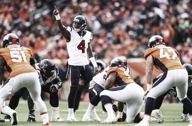 Deshaun Watson lideró la victoria ante Denver (Imagen: Texans.com)