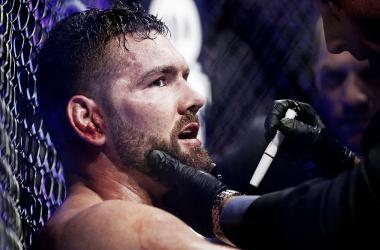 Chris Weidman, cayó por nocaut frente a Yacaré Souza y fue suspendido por 90 días (Foto: MMA Junkie)