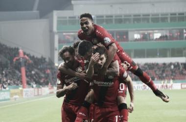 Bayer Leverkusen e Schalke 04 vencem seus jogos e avançam na Copa da Alemanha