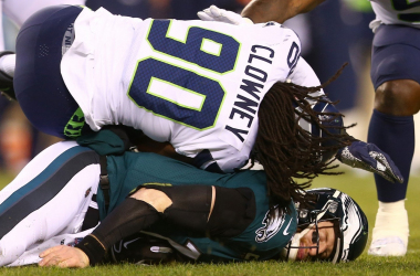 Seattle Seahawks 17-9 Philadelphia Eagles: Wentz injured in postseason debut as Eagles are eliminated
