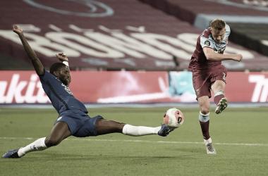 West Ham marca no fim, vence jogaço com Chelsea e se afasta da zona de rebaixamento