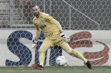 Após derrota para Flamengo, Weverton diz que Palmeiras não deve se abater e foca nas decisões
