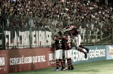Flamengo supera Macaé em Volta Redonda e alcança segundo triunfo no Carioca