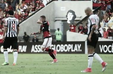 """Dependemos de nós mesmo"", disse Matheus Sávio   Foto: Gilvan de Souza/Flamengo"