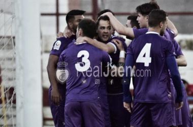 El Jaén a un paso de los playoff tras la derrota del Motril
