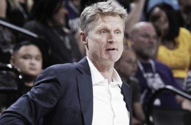 Steve Kerr renueva con los Golden State Warriors