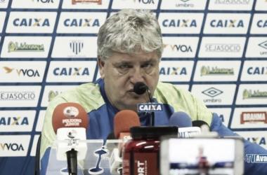 Técnico falou sobre o rendimento do time (Foto: Divulgação/Avaí)