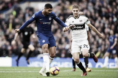 Chelsea tem atuação segura, vence o Fulham e entra no G-4