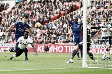 Tottenham derrota Leicester e mantém esperança de título