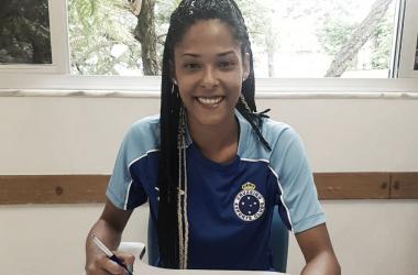 Raiza jogará pela primeira vez em uma equipe fora do nordeste (Foto: Reprodução / Cruzeiro)