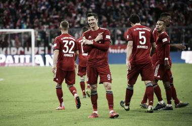Lewandowski dando show na Baviera (Foto: Bayern de Munique)