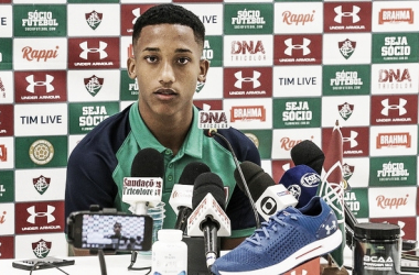 """Joia do Fluminense, João Pedro comenta gol no Fla-Flu: """"Sonho de todo moleque"""""""