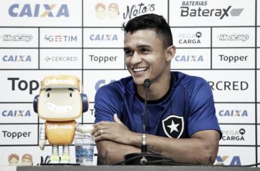 Erick comentou sobre a fase atual do Botafogo (Foto: Botafogo)