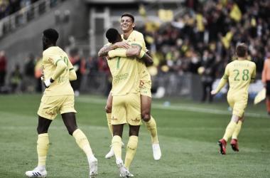 Com a vitória, o Nantes chegou aos 34 pontos e deu uma respirada na Ligue I (Foto: Divulgação/Nantes)