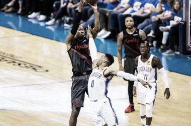 Blazers vencem Thunder e ficam por uma vitória das semifinais da conferência oeste
