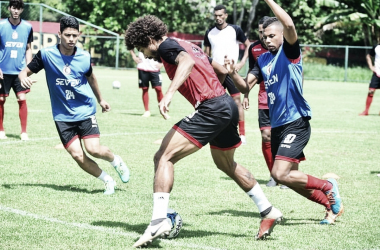 Foto: Samy Oliveira/Campinense