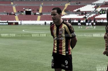 Omar Bravo sale del retiro y jugará con la U de G
