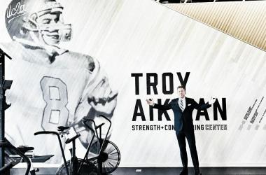 """Troy Aikman rebate comparação com Patrick Mahomes: """"Falem comigo quando ele tiver 33% dos meus títulos"""""""