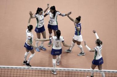 Com facilidade, Minas derrota Valinhos na Superliga Feminina de Vôlei