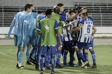 Sob chuva forte, CSA goleia Frei Paulistano e conquista primeira vitória na Copa do Nordeste